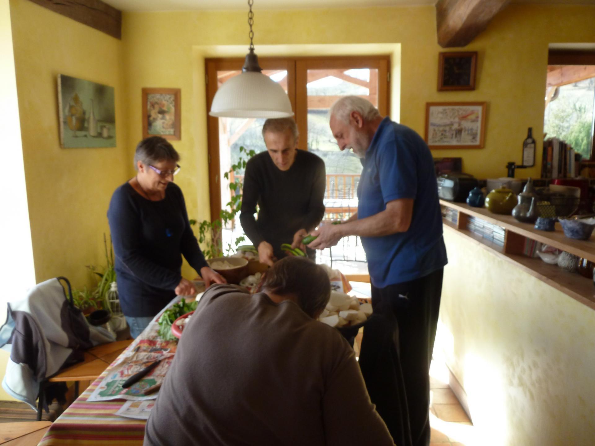 En cuisine : préparation du couscous